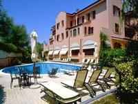 Hotel Villa Leri**** Monte Colombo