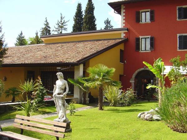 Residence Segattini & Residenza Le Due Torri*** Riva del Garda